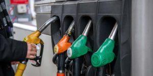 13 conseils pour consommer moins d'essence avec sa voiture