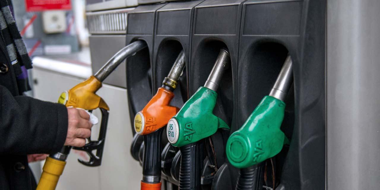 12 astuces pour consommer moins d 39 essence avec sa voiture. Black Bedroom Furniture Sets. Home Design Ideas