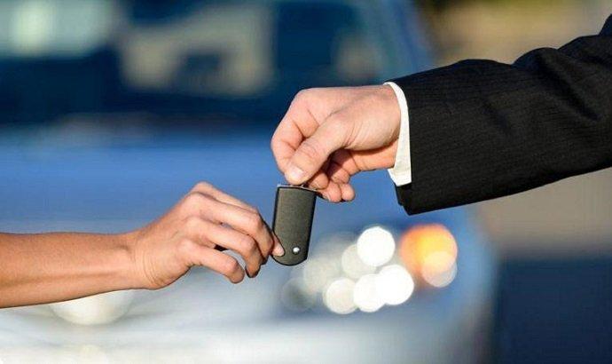 Gagner de l'argent avec sa voiture : la location